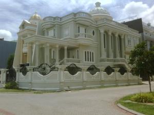 Rumah Manyar Permai